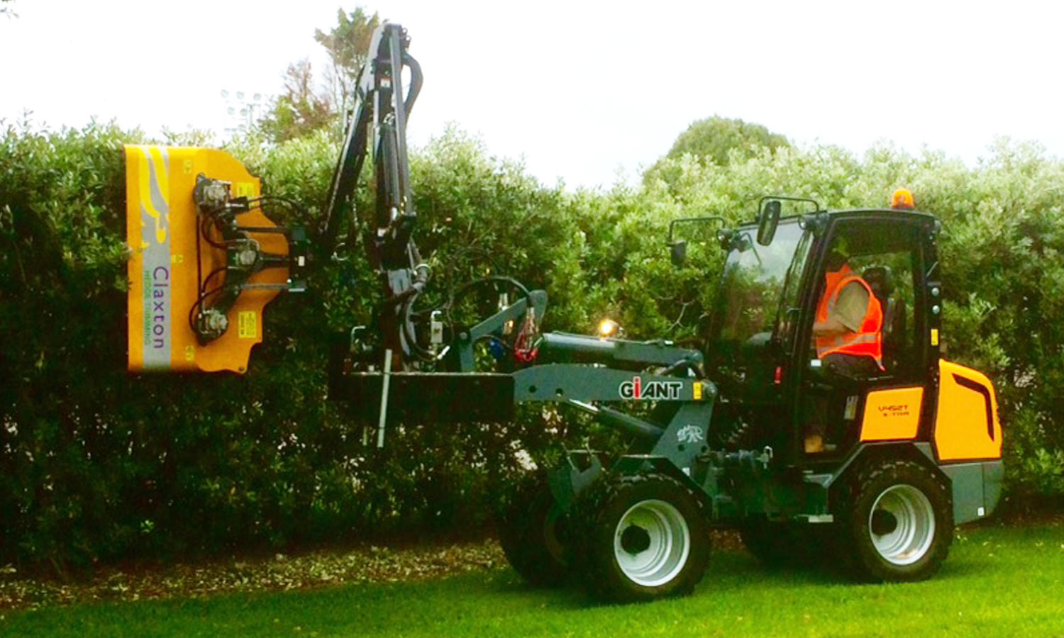 Mechanised Hedge Trimming